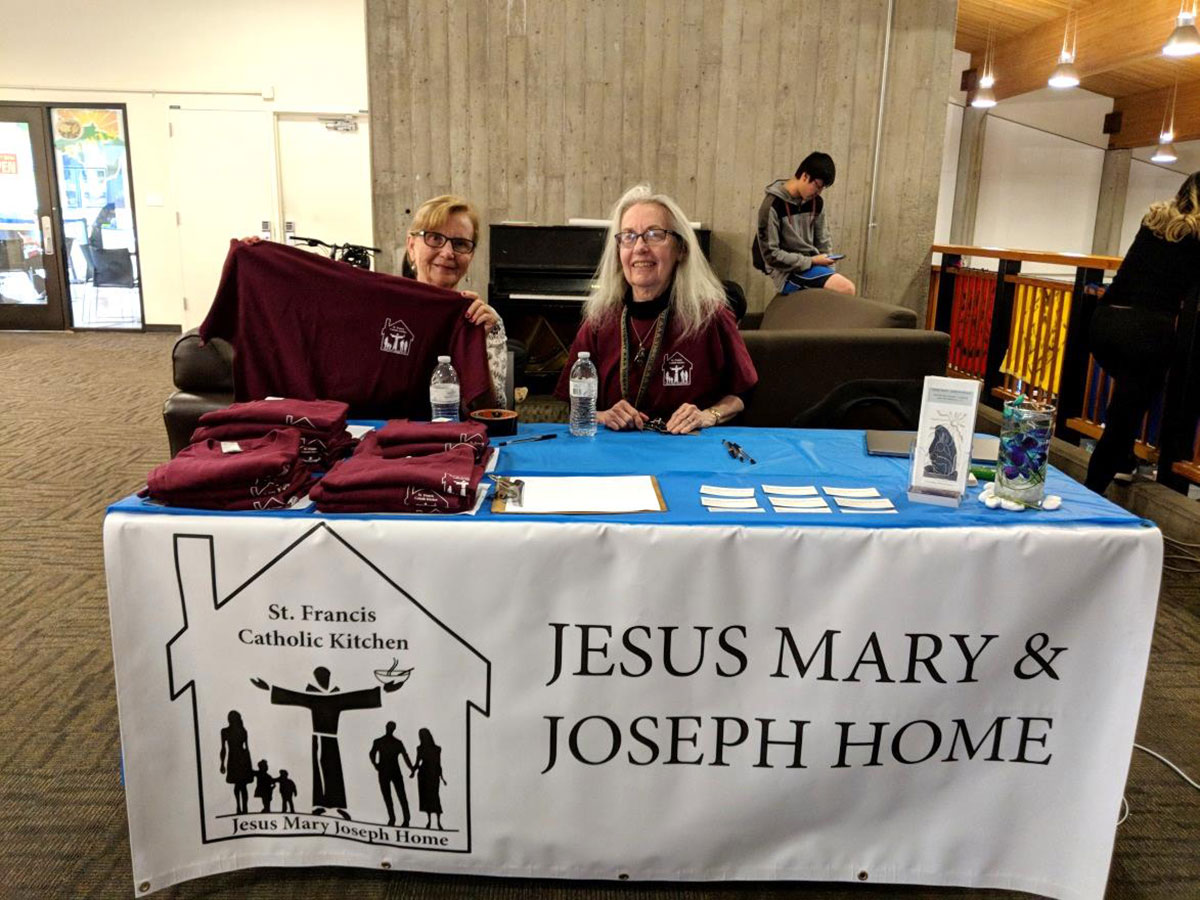 JMJ-House-booth